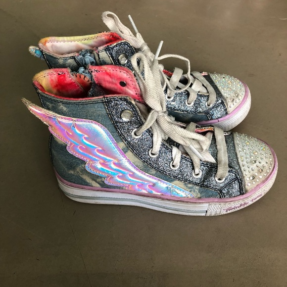 d8f82a80a1d92 Girls twinkle toes sketchers wing shoes!!!